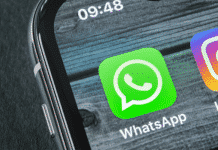 Use Siri to Send WhatsApp Group Messages on iPhone